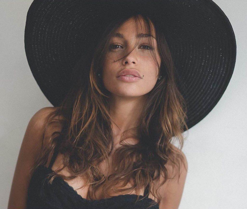 Sofia V - I am management