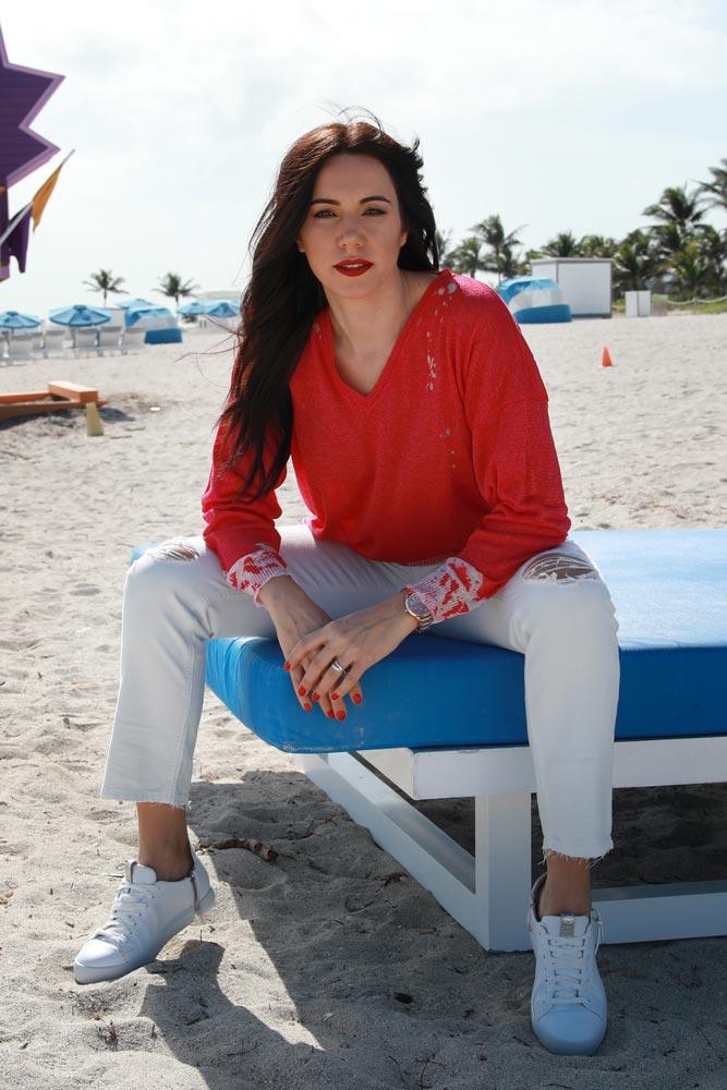 Clarissa attrice per cinema, televisione, fiction, serie tv, teatro, spot pubblicitari, presentatrice