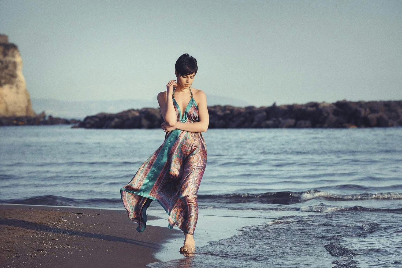 attrice e modella mediterranea per fashion,  Cinema, televisione, spot pubblicitari, serie tv