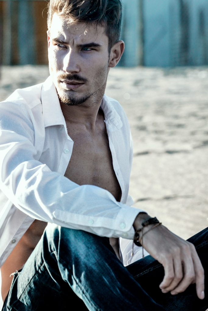 Serghei I am management - Modello