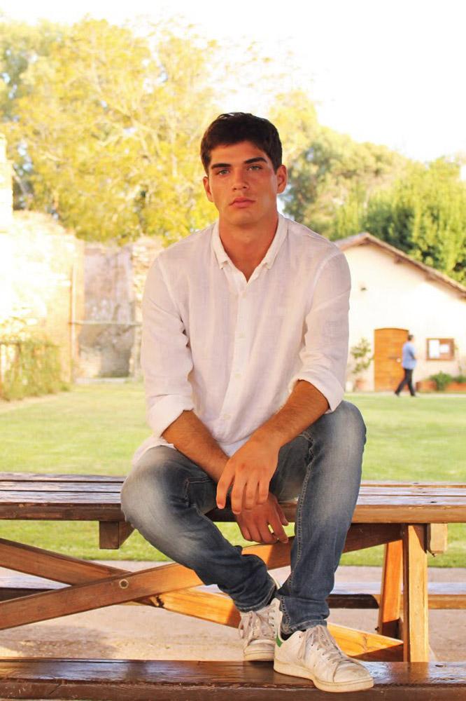 modello new faces Roma per shooting, sfilate, cataloghi, spot, adv.