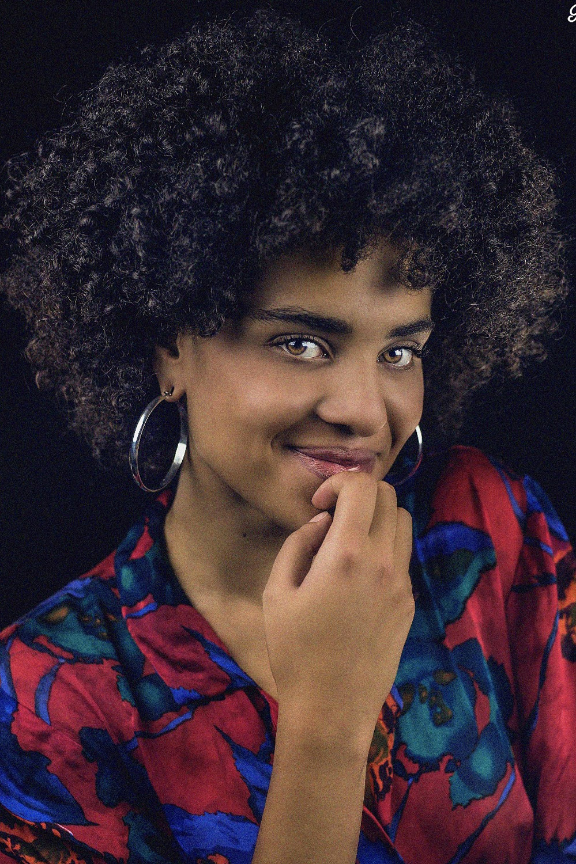modella di colore afro a Roma servizi fotografici cataloghi casual street style