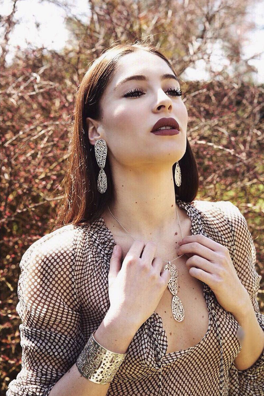 Bea K - fresh face model | I am management