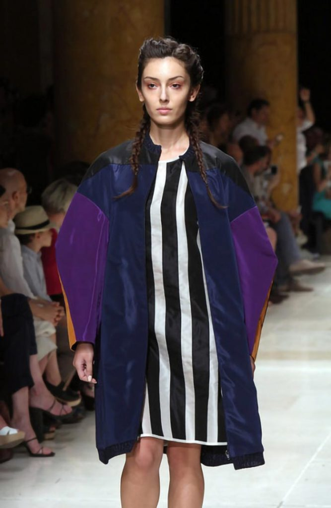 Rebecca modella cataloghi fashion shooting , modella showroom Roma e Milano