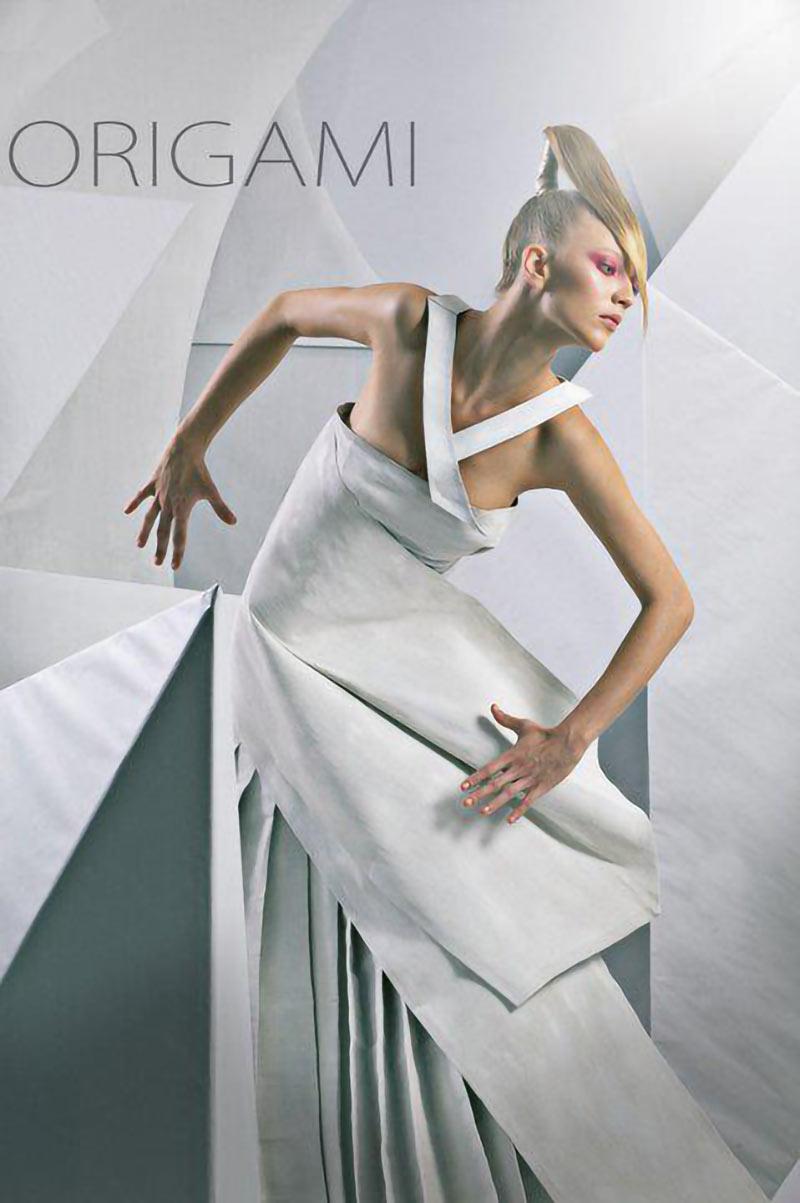 Modella bionda per sfilate, shooting campagne stampa, cataloghi e-commerce