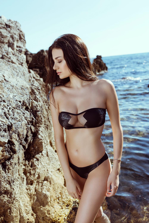 Selene modella beachwear  Roma e Milano