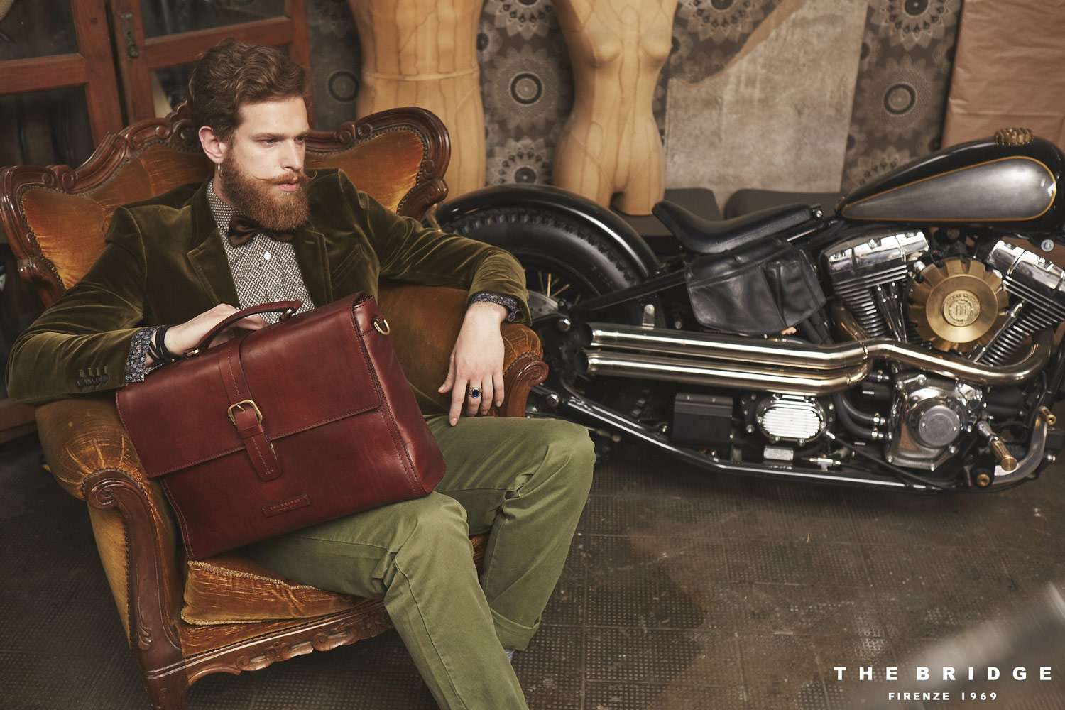 Simon ginger  red model available in Rome and Milan