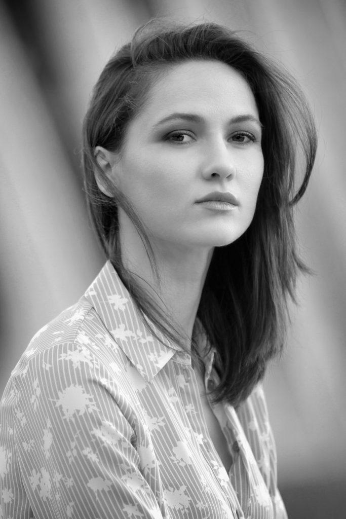 modella e attrice a Roma e Milano per shooting, sfilate, cataloghi, spot, adv, cinema