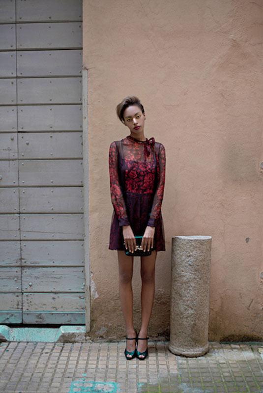 Zena black model