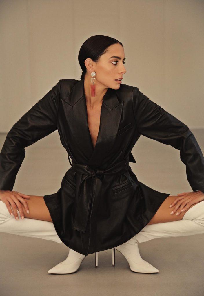 modella mora a Roma e Milano per servizi fotografici intimo e beachwear