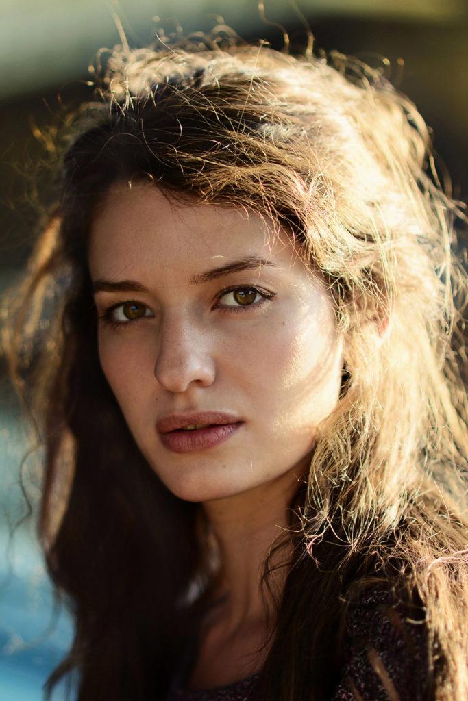 attrice romana per spot pubblicitari-commercials, cinema