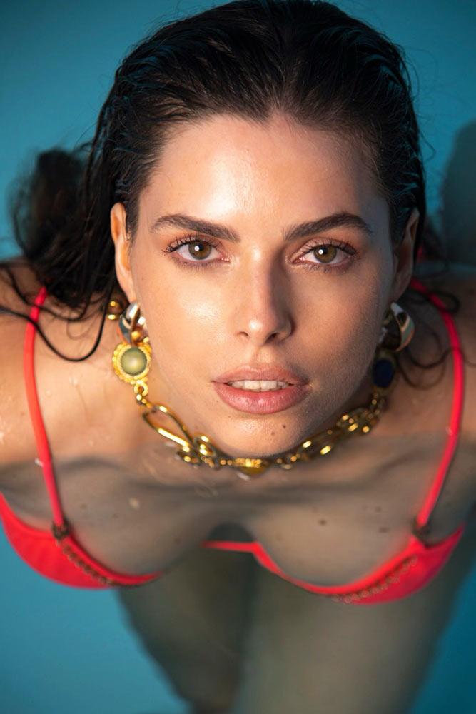 Francisca Ferri modella