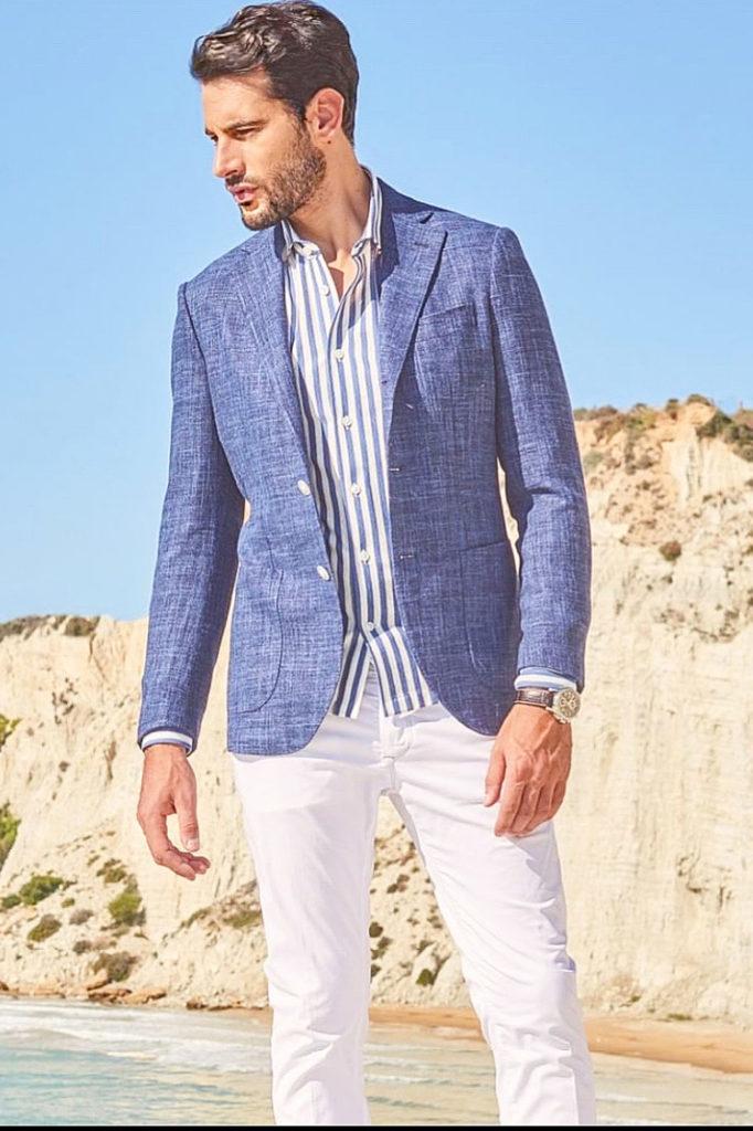 modello classico occhi azzurri per shooting fotografici, sfilate, campagne abiti eleganti