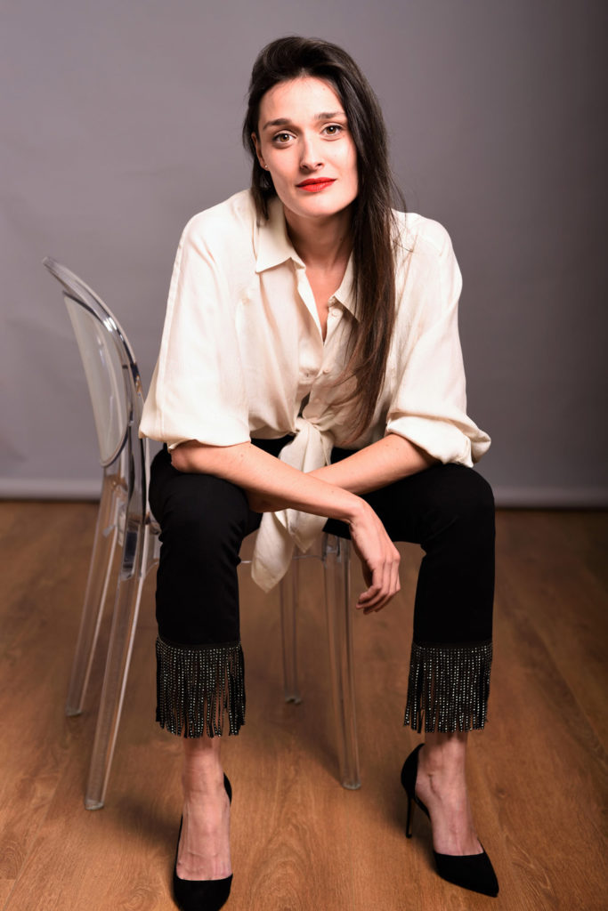 brava attrice mediterranea serie tv, fiction, cinema e spot pubblicitari