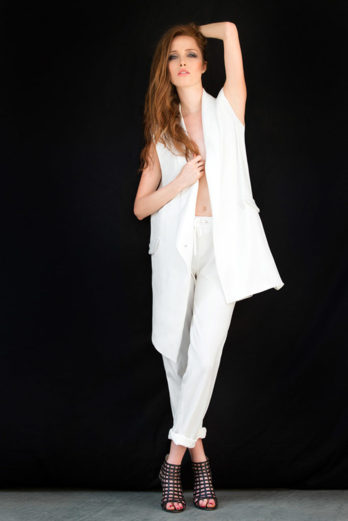 modella occhi azzurri a Roma disponibile per showroom, eventi, sfilate, servizi fotografici, pubblicità model