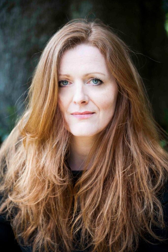 attrice francese capelli rossi pubblicità, spot, advertising, cinema